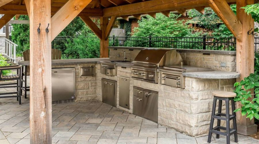 New Home Builder NJ Top Masonry Contractor Master Mason NJ Cultured Stone outdoor kitchen grill