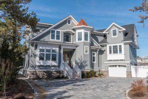 benefits of cedar shingles - top NJ home builder