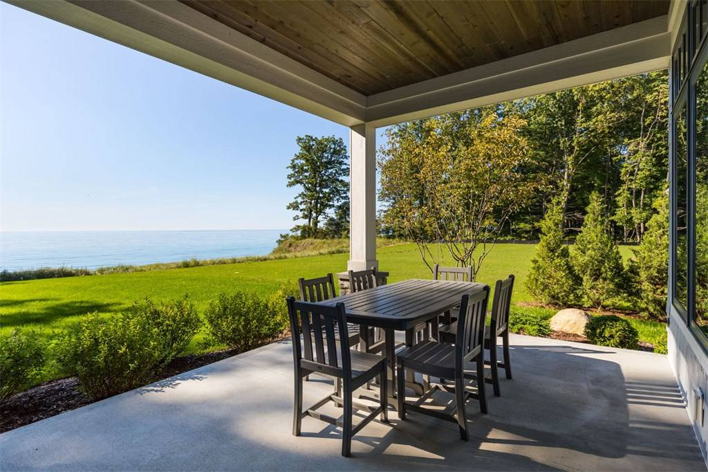 deck builder middletown nj ocean and monmouth county NJ top local deck builder