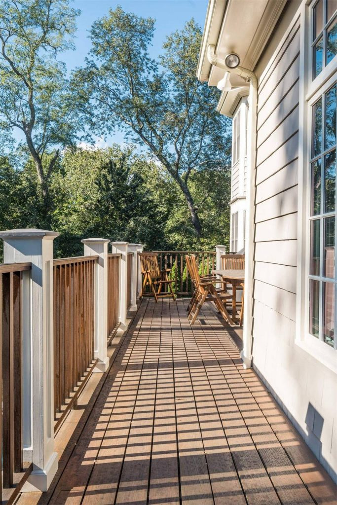 deck builder monmouth beach NJ top local deck builder monmouth county NJ