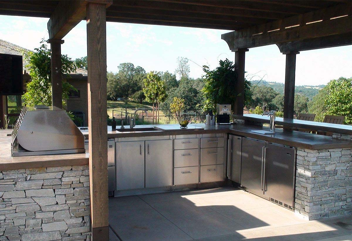 New Outdoor Kitchen