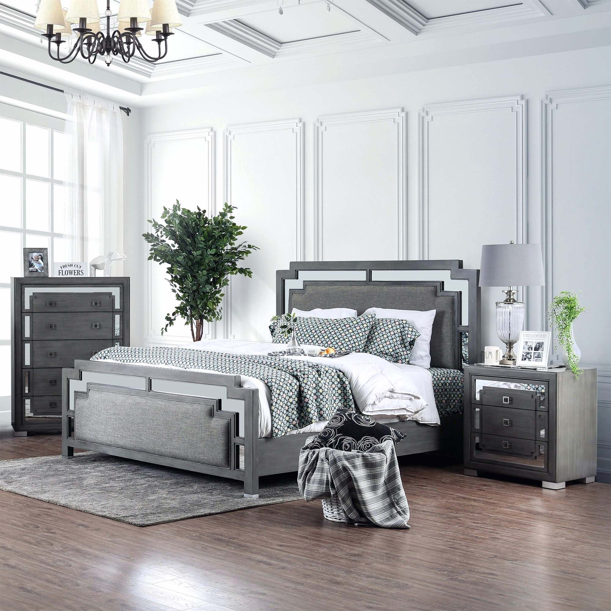 Grey Master Bedroom: Master Bedroom Design Ideas, Tips And Photos For 2019