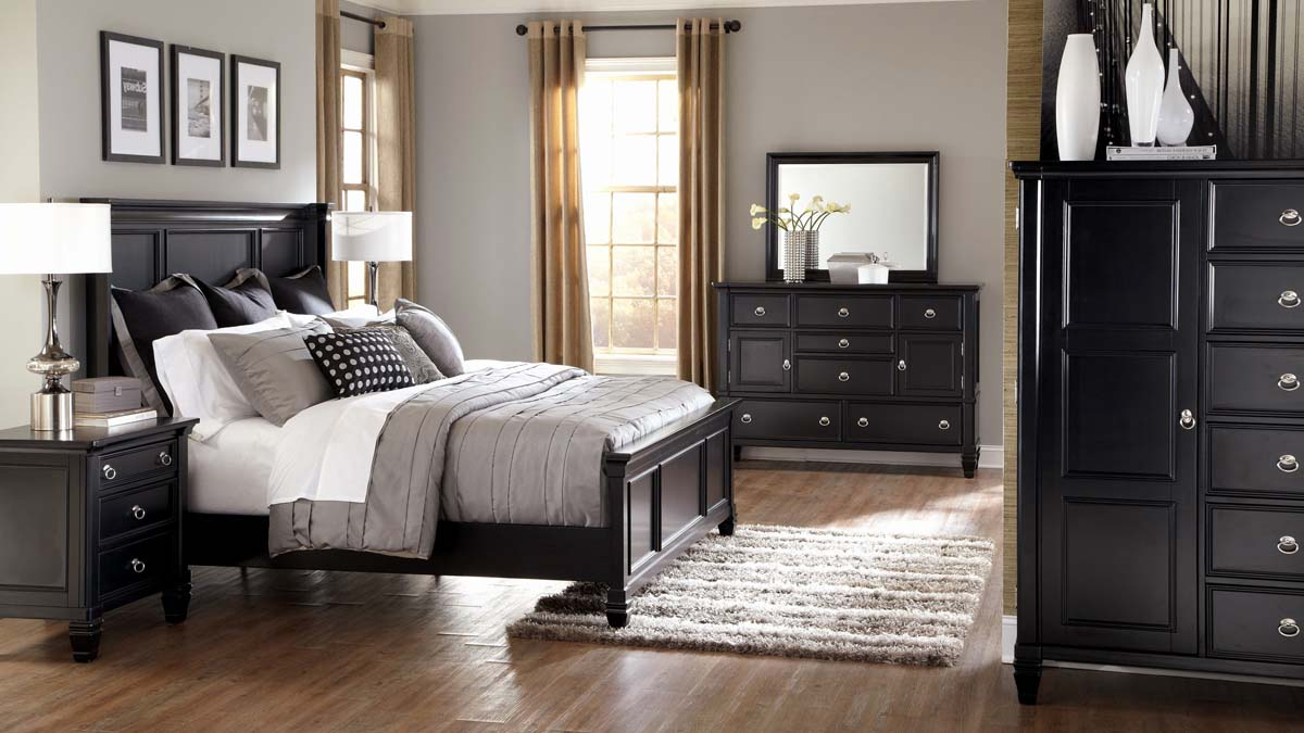master bedroom design ideas black furniture hardwood floors gray walls tan drapes