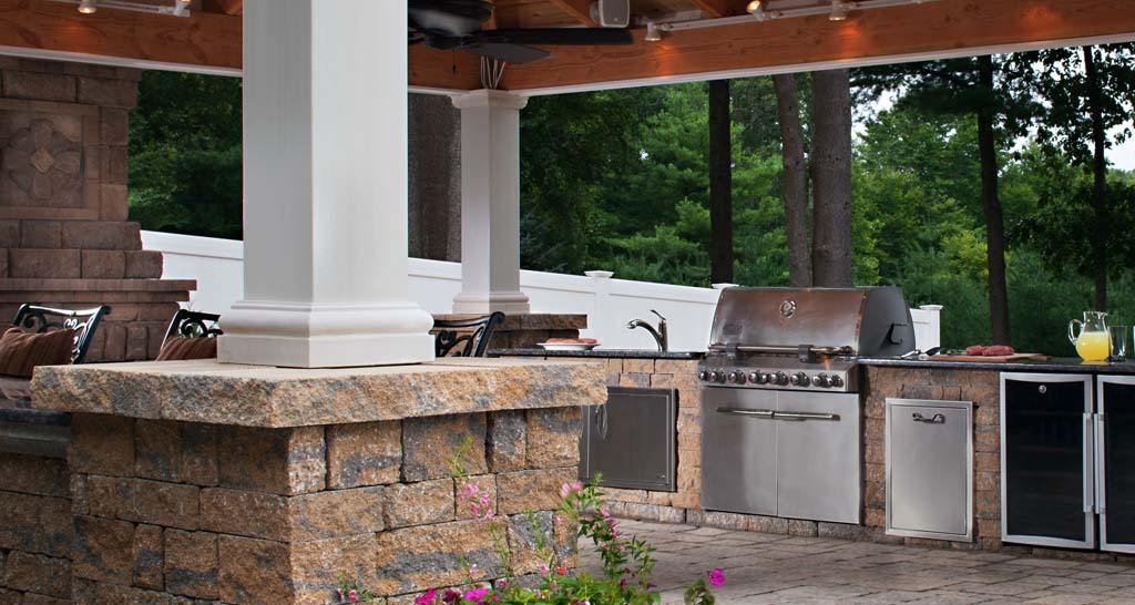 outdoor kitchen top deck builder NJ Gambrick