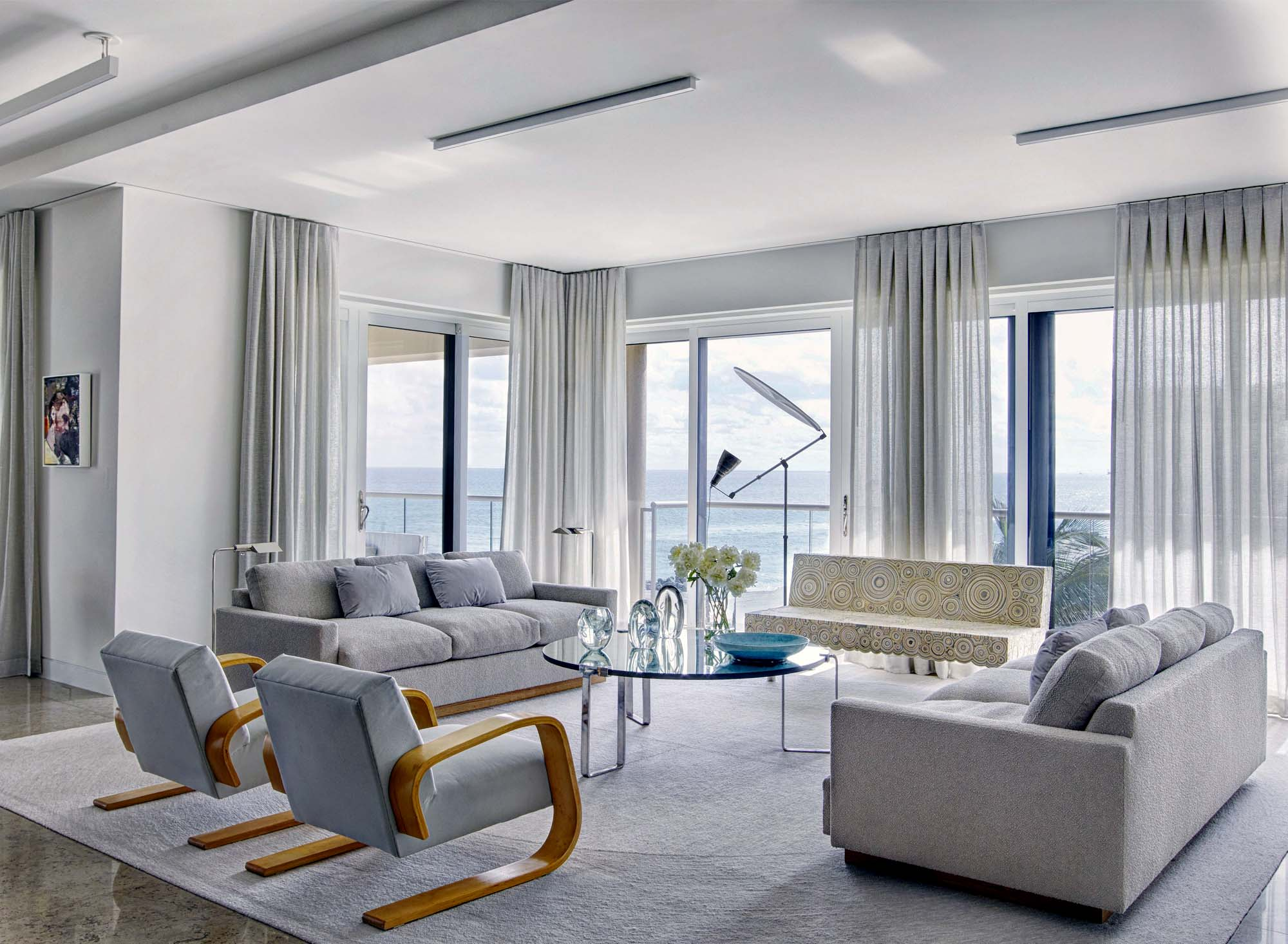 Beautiful Feng Shui Living Room Design Lots of air and natural light gray and white palette