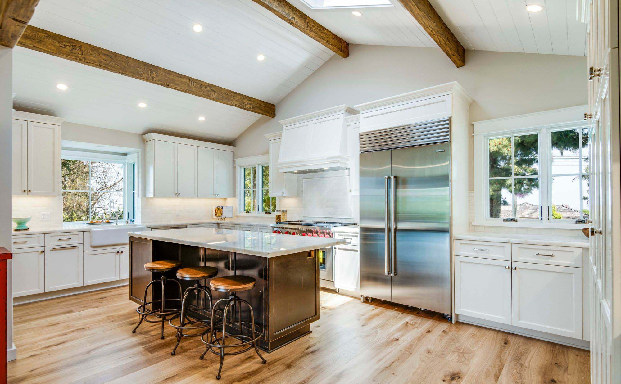 vaulted kitchen ceilings with exposed wood beams