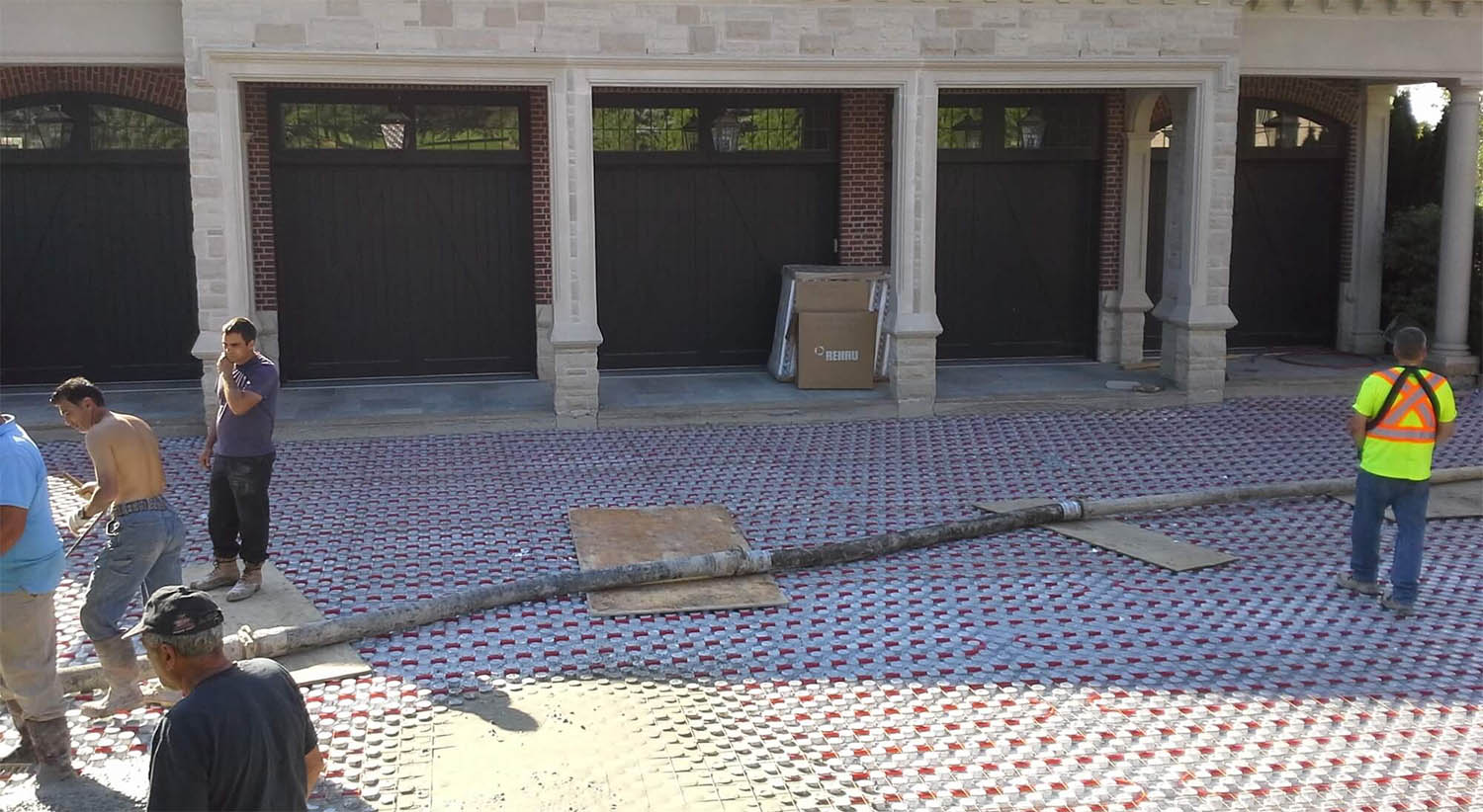 hot water heated driveway system under a driveway with forms