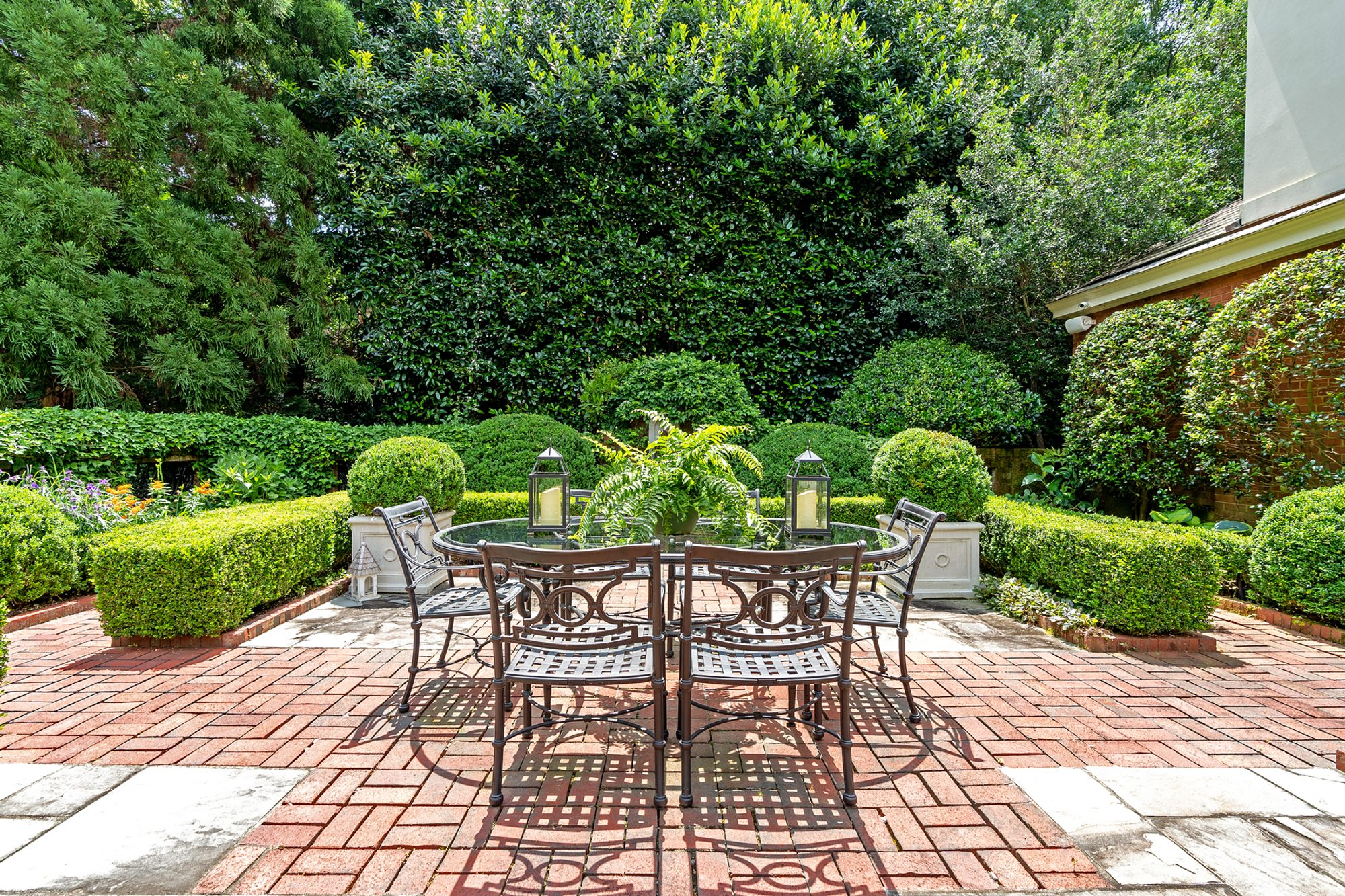 Red Brick Patio Ideas | DIY Paver Designs & Pictues on Red Paver Patio Ideas id=65292