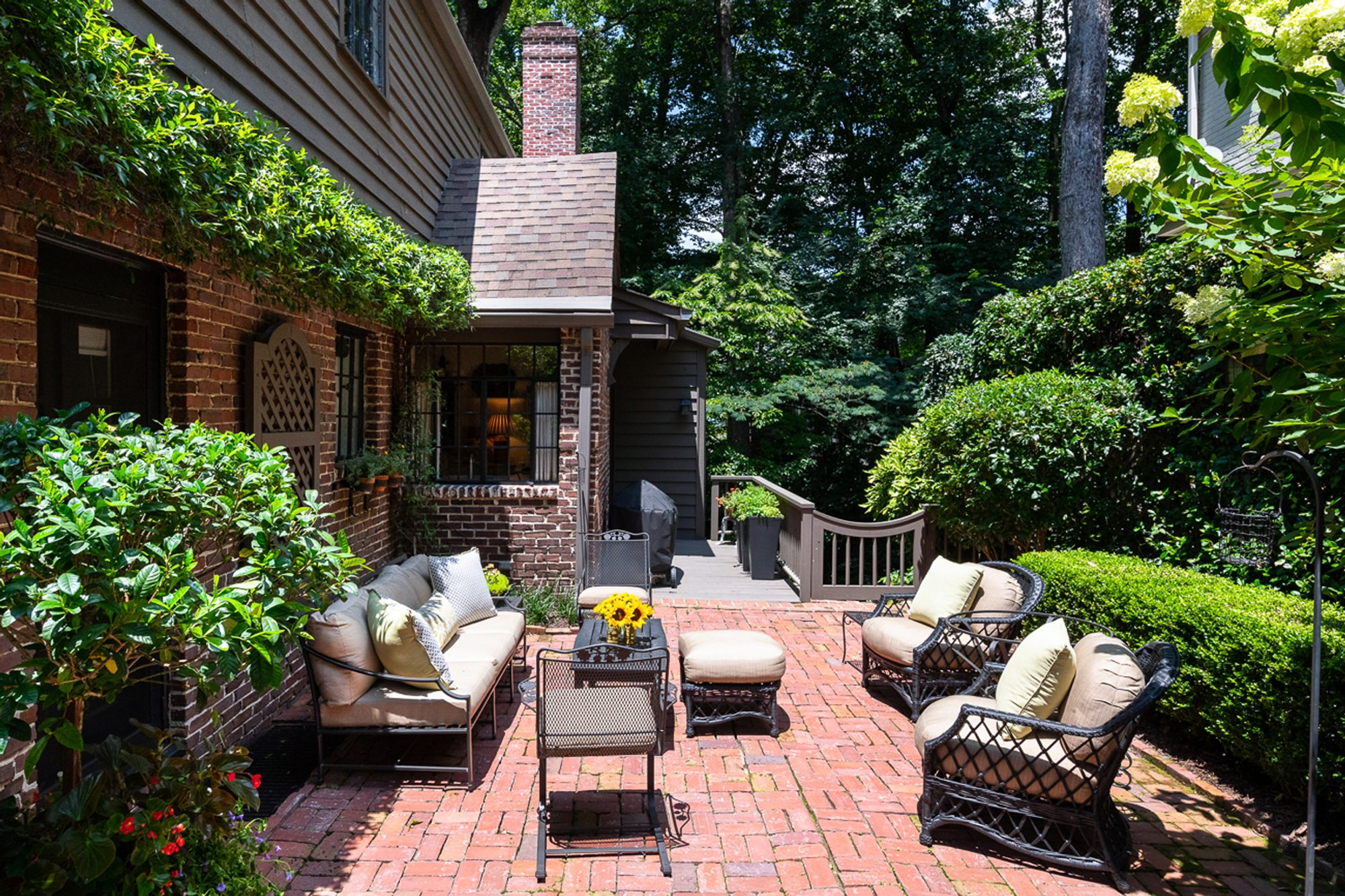 Red Brick Patio Ideas | DIY Paver Designs & Pictues on Red Paver Patio Ideas id=68939