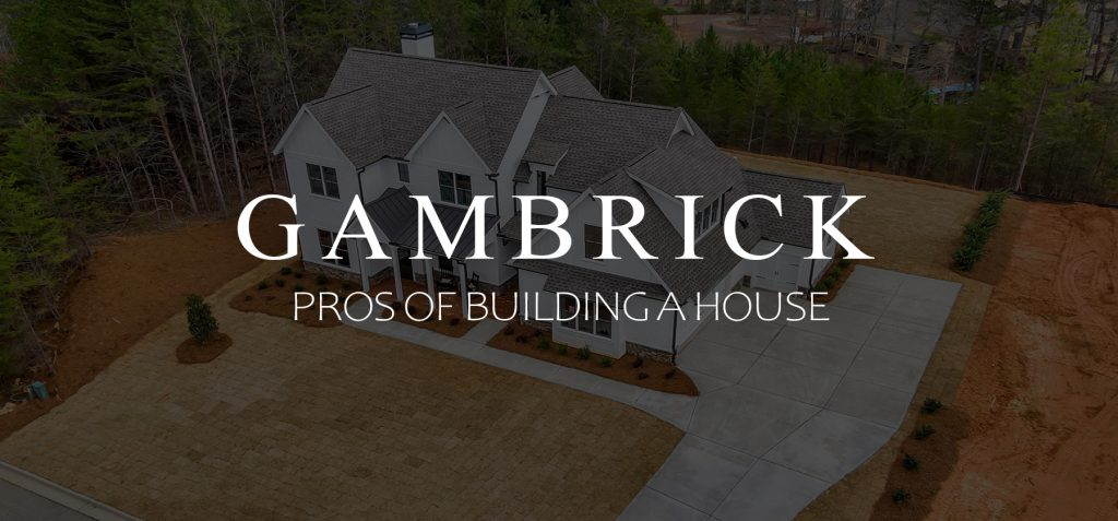Pros of building a house banner 1